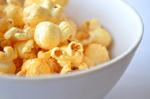 So sieht das Popcorn aus, wenn es fertig ist.